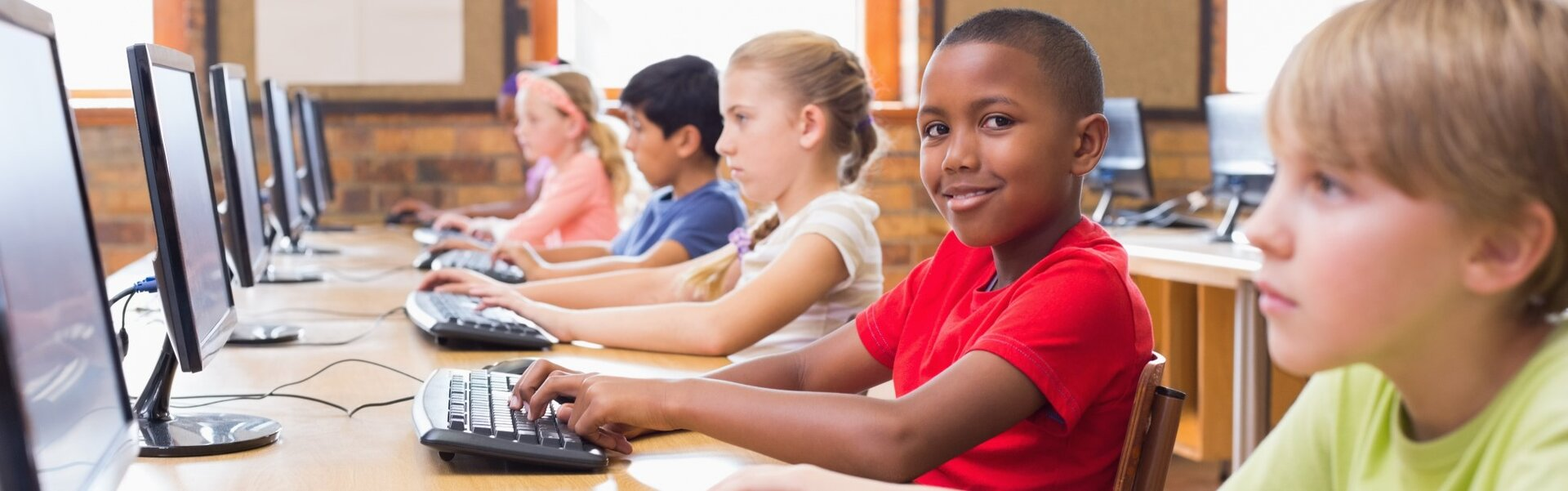 How to Keep Students in Line While They're Online